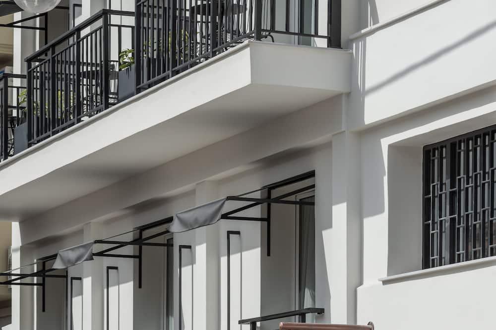 Bitzaro Hotel