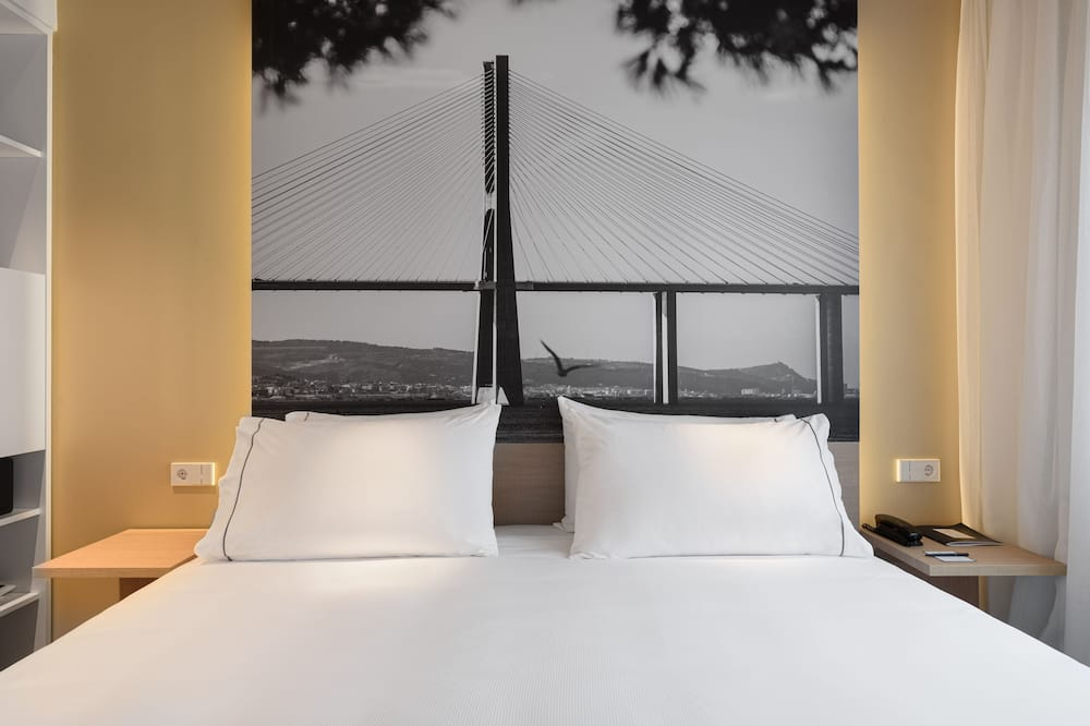 Double or Twin Room, City View - Guest Room