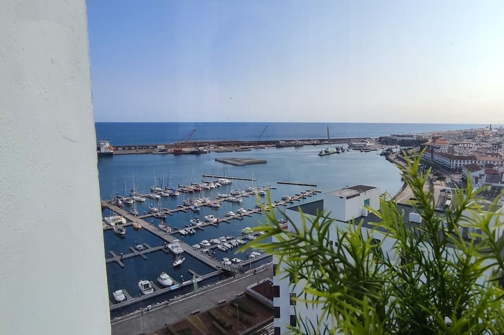 Familjelägenhet - 3 sovrum - utsikt mot marinan - Balkong