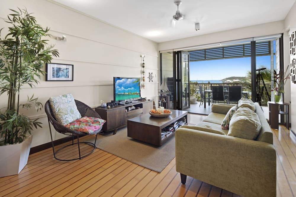 Apartment, 2 Bedrooms, Marina View - Living Area