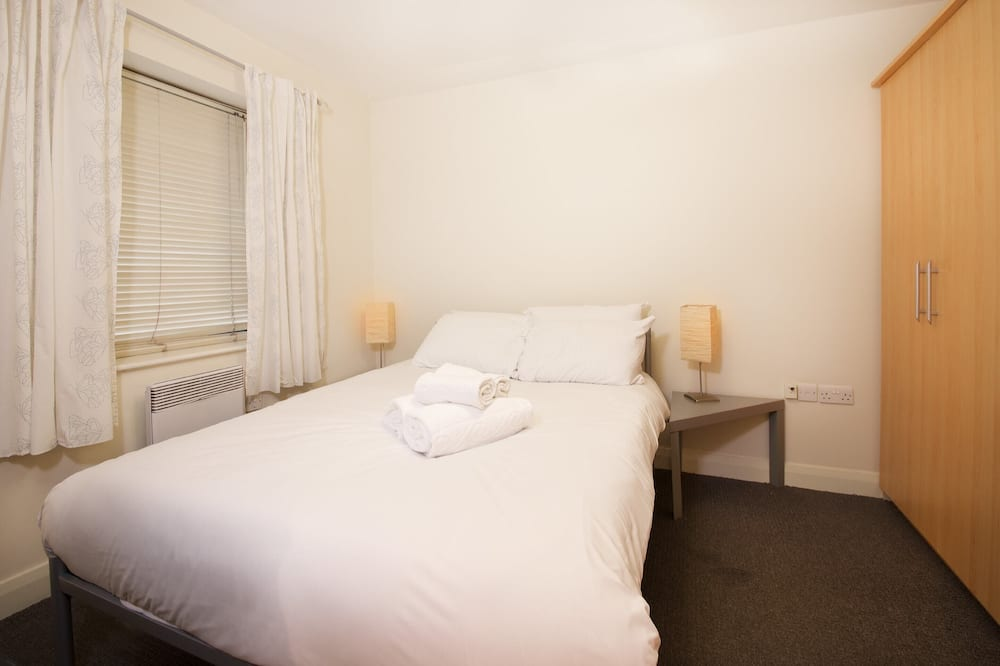 Basic Apartment, 1 Double Bed - Room