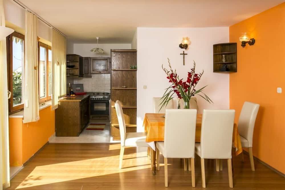 Apartamento (2 Bedroom Apt, Terrace, Sea View) - Sala de Estar