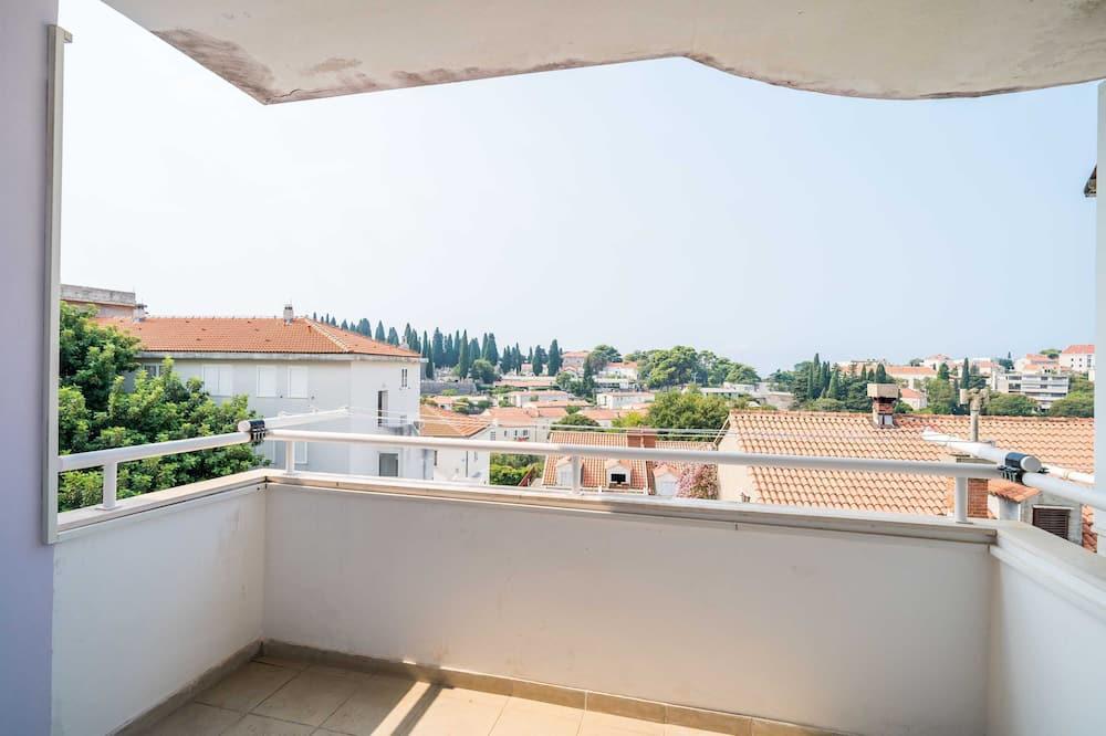 Апартаменти (One Bedroom Apartment with Balcony) - Балкон