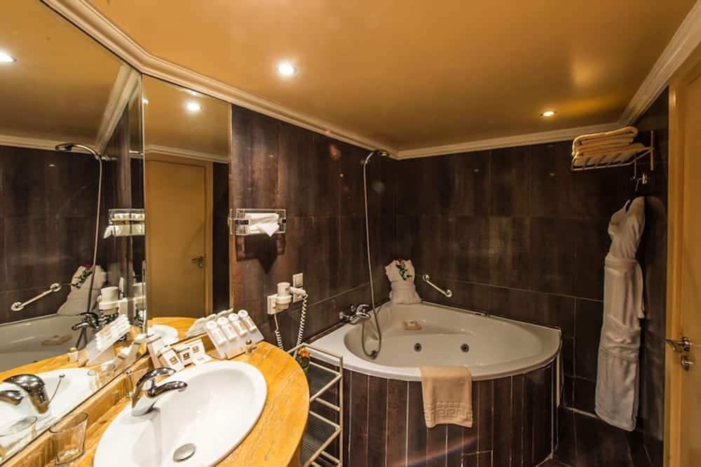 Junior Δωμάτιο - Μπάνιο