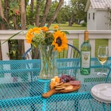Talo (Gorgeous Home on Wine Trail with Fire) - Parveke