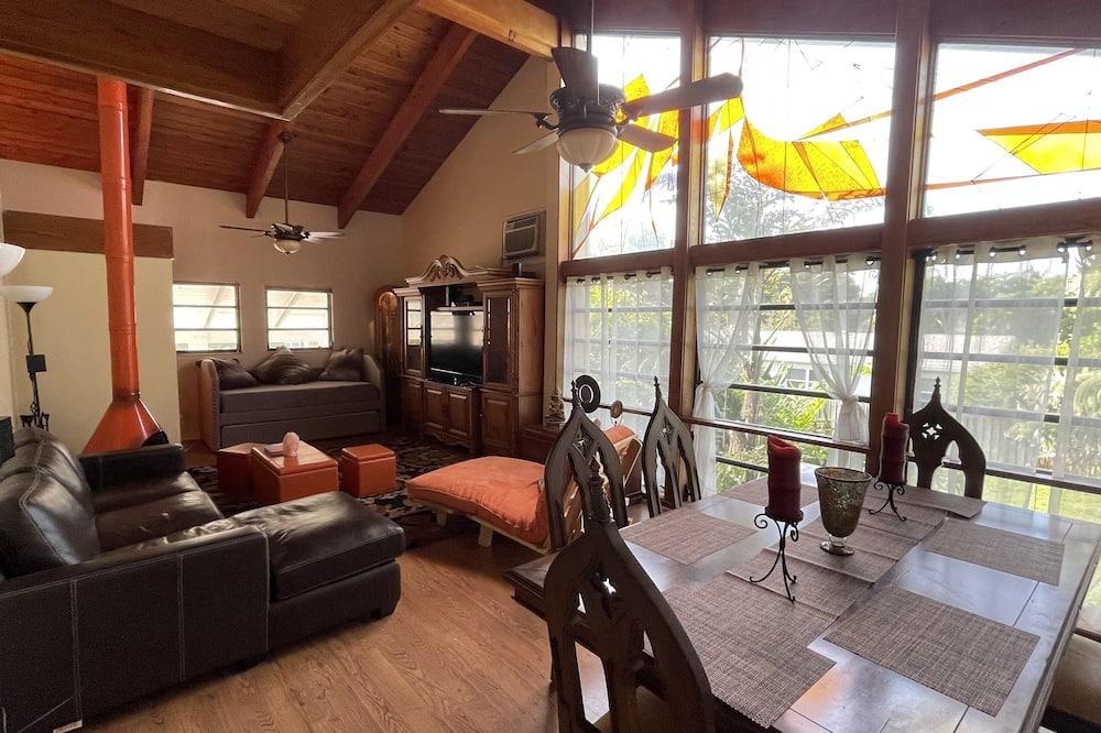 Premium Villa - Living Area