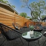 Rumah (Gorgeous Modern Home with Cedar Barre) - Balkon