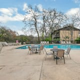 Condo (New! Luxurious Riverfront Condo Just ) - Pool