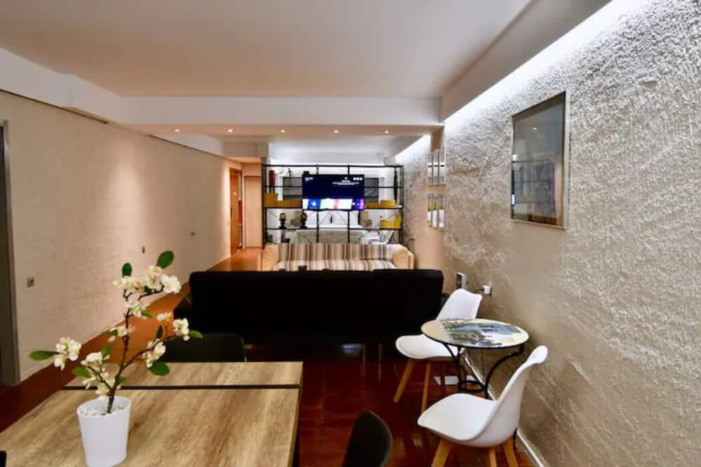 Comfortable & spacious studio flat @ Kolonaki