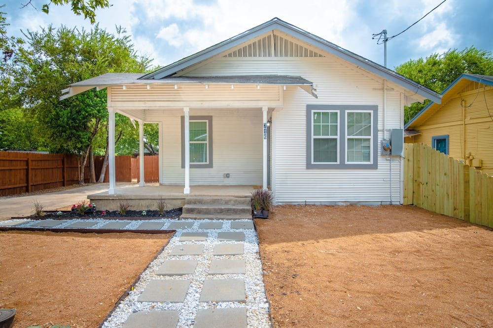 3br/2ba Remodeled House Near Downtown, San Antonio