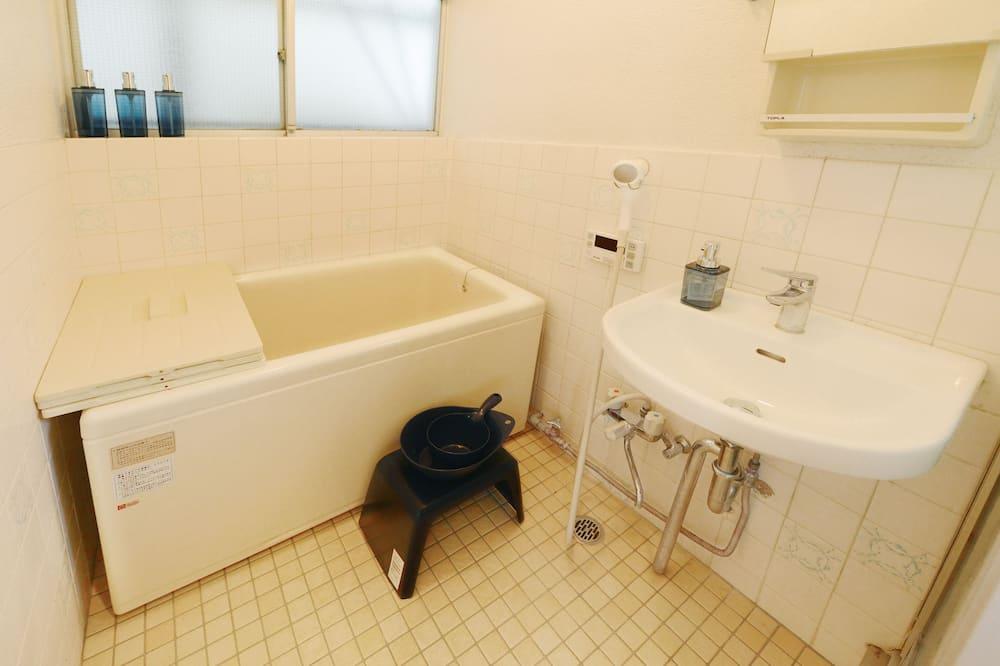 Dom, dla niepalących (Private Vacation Home) - Łazienka