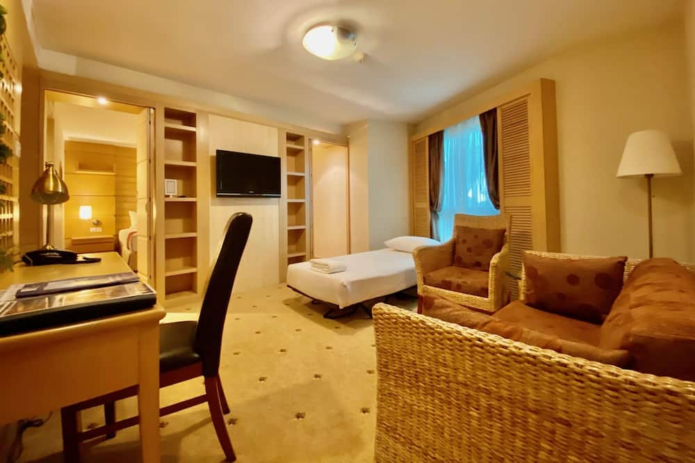Clubcation on Yatch Club - Apartment Suite - Living Area