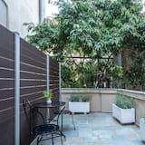 Liukso klasės dvivietis kambarys, balkonas, vaizdas į sodą - Balkonas