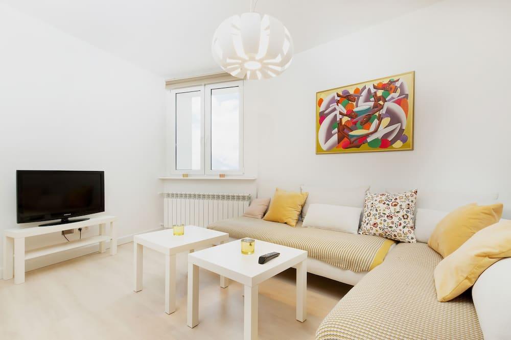 Apartament, 2 sypialnie, kuchnia - Zdjęcie opisywane