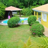 Villa With 3 Bedrooms in Sainte-luce, With Private Pool, Enclosed Garden and Wifi - 2 km From the Beach