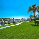 Condo (Madeira Beach Yacht Club 337G) - Property Grounds