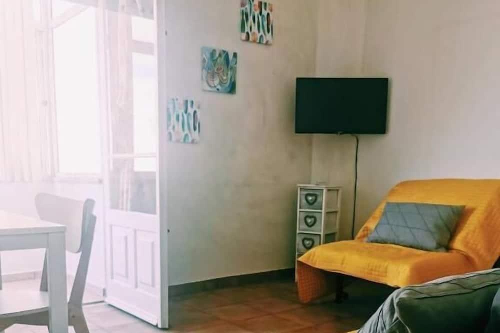 דירת אקונומי, חדר שינה אחד, נוף לעיר - אזור מגורים