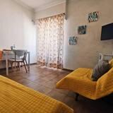 דירת אקונומי, חדר שינה אחד, נוף לעיר - תמונה
