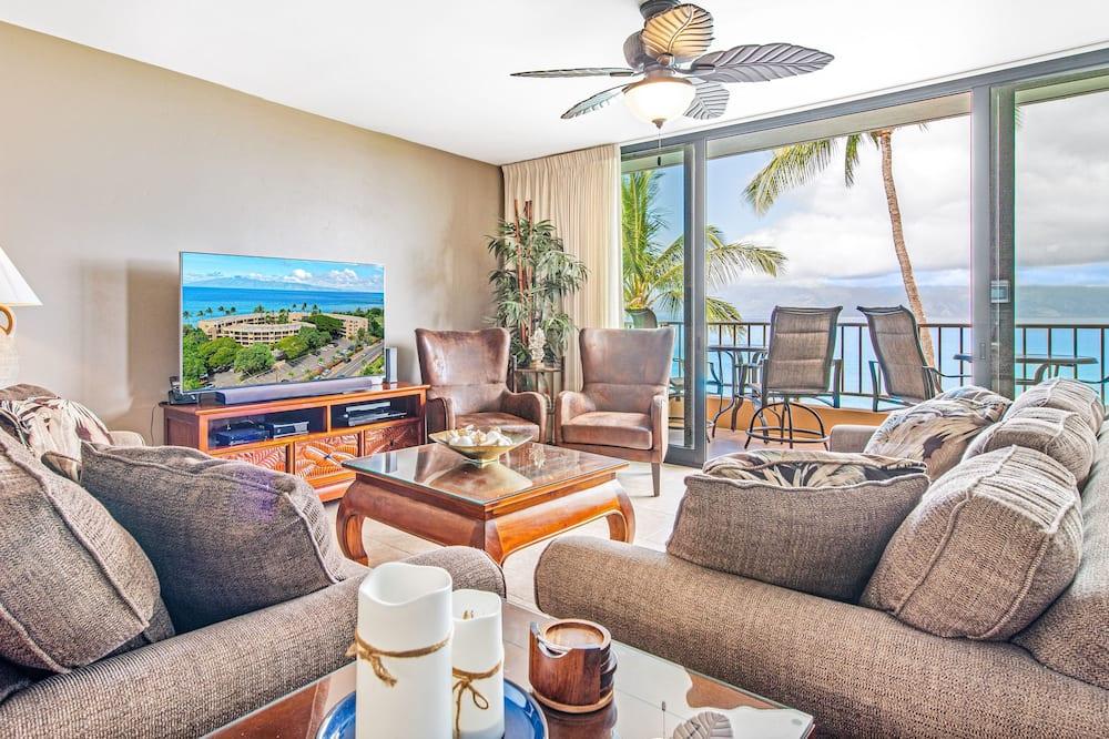 Maui Penthouses Paki Maui #421,#422 4 Bedroom Condo, Lahaina