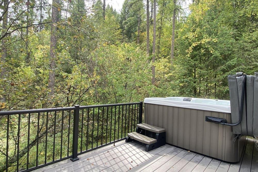 בית (LL1425) - מרפסת