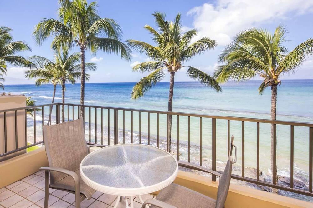 Paki Maui #403 2 Bedroom Condo