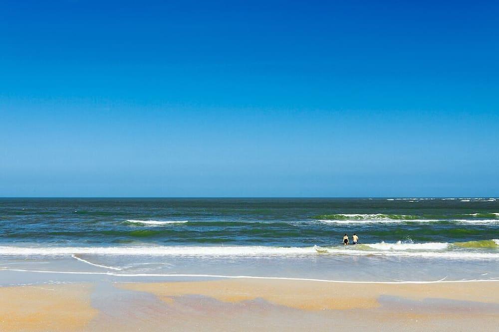 Dom (Paradise Ocean) - Pláž
