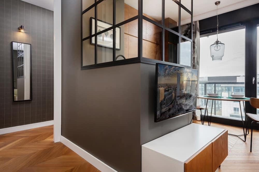 Apartmán, 1 spálňa, balkón - Obývačka