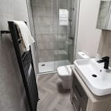 Cabin, Multiple Beds - Bathroom