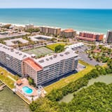 Condo, Multiple Beds (Bayshore Yacht and Tennis Club Steps ) - Beach