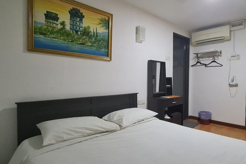 OYO 90345 TM Hotel