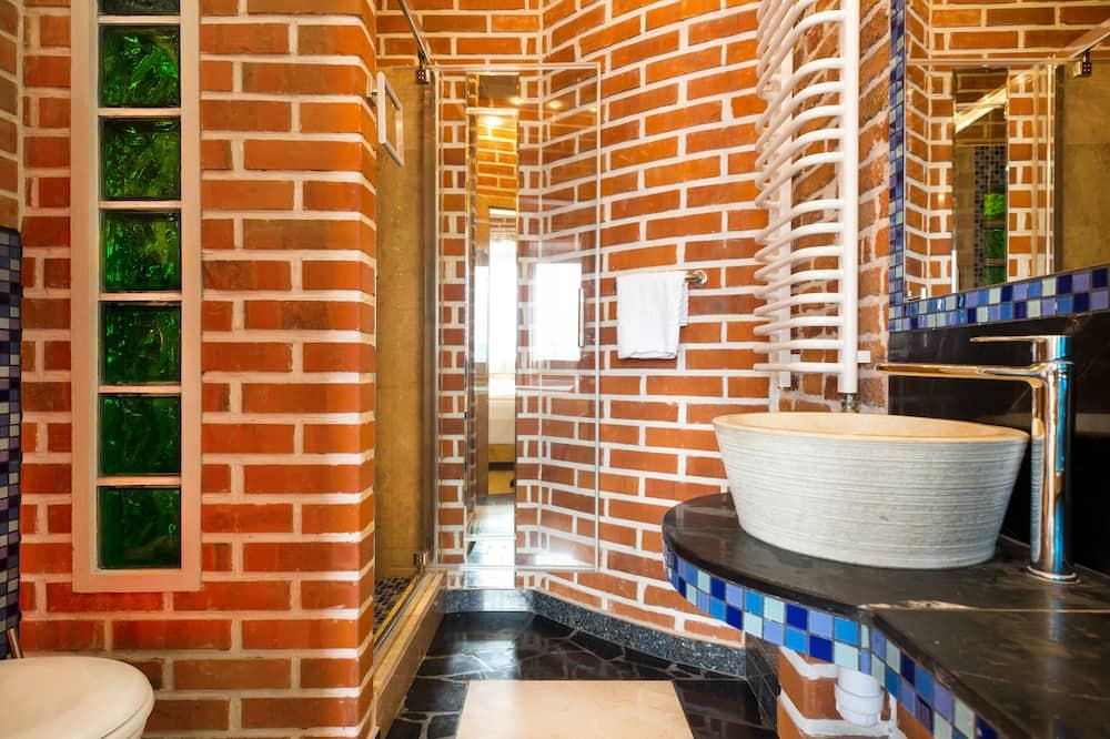 Gallery Double Room - Bathroom