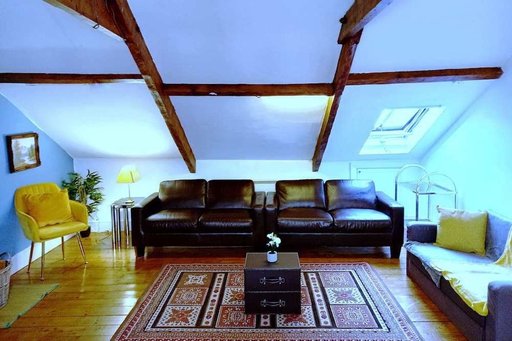Apartment, Multiple Beds - Living Room