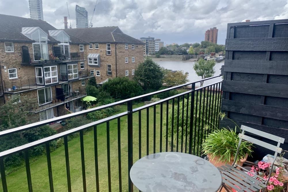 Basic Apartment, Multiple Beds - Balcony