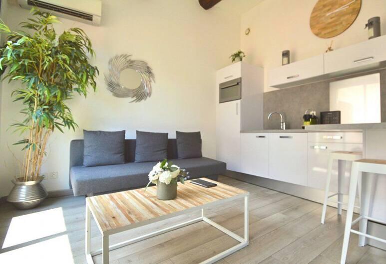 Les Appartements du Vieux-Port, Marseille, Apartamentai su vitrininiais langais, 1 miegamasis, terasa (La Terrasse, 35 rue Pavillon, 13001), Kambarys