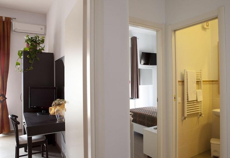 B&B Vado al Massimo, Palermo, Pokoj s dvoulůžkem nebo 2 jednolůžky, Prádelna