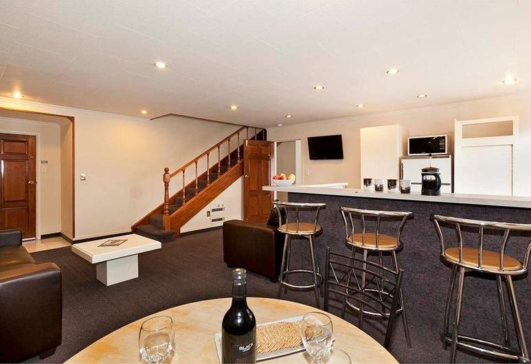 Colonial Inn Motel, Christchurch, Huoneisto, 3 makuuhuonetta, Keittiö, Pohjakerros, Vierashuone