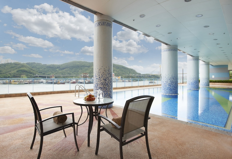 Bay Bridge Lifestyle Retreat, Tsuen Wan, Outdoor Pool