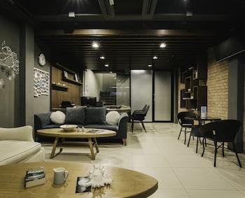 Hình ảnh TIRAS Patong Beach Hotel tại Patong