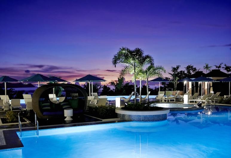 롯데 호텔 괌, 타무닝, 야외 수영장