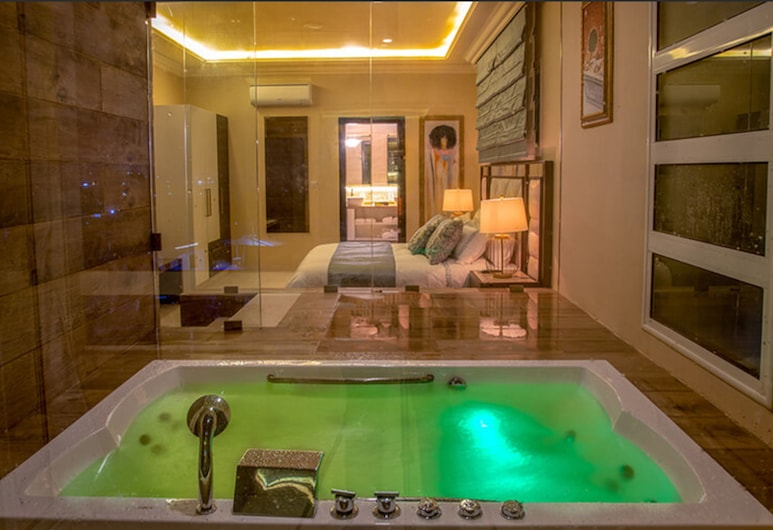 Home Suites Boutique Hotel, Freetown, Presidential Suite, Guest Room