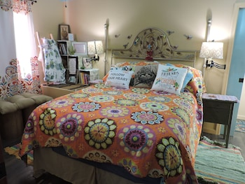 Picture of The Best Nest Guesthouse in Atascadero