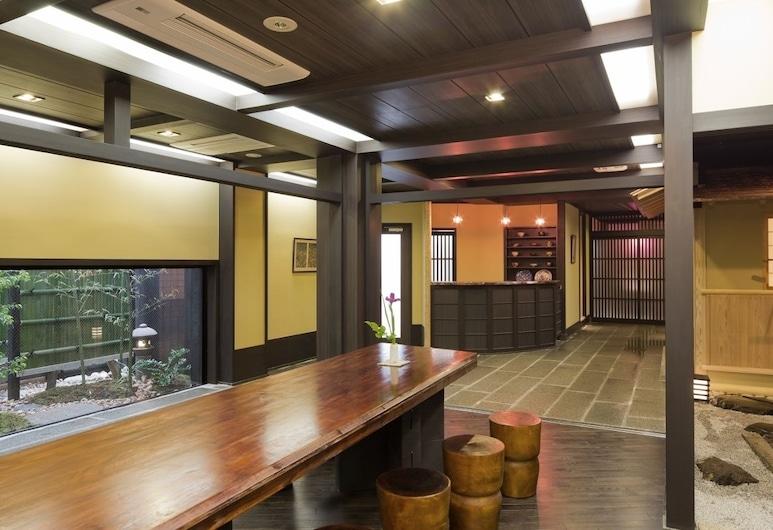 The Edo Sakura, Tokió, Lobby lounge