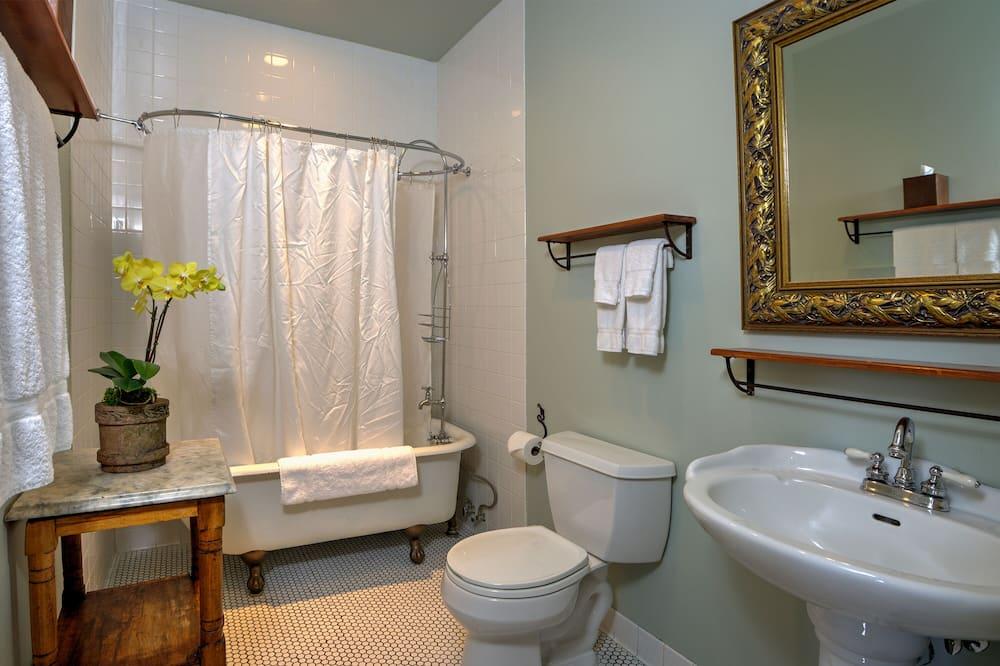 Standard Room, 1 Katil Ratu (Queen), Ensuite (Room 32 ) - Bilik mandi