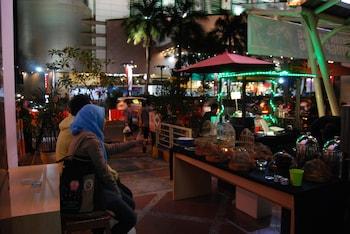 תמונה של Bekizaar Hotel Surabaya בSurabaya