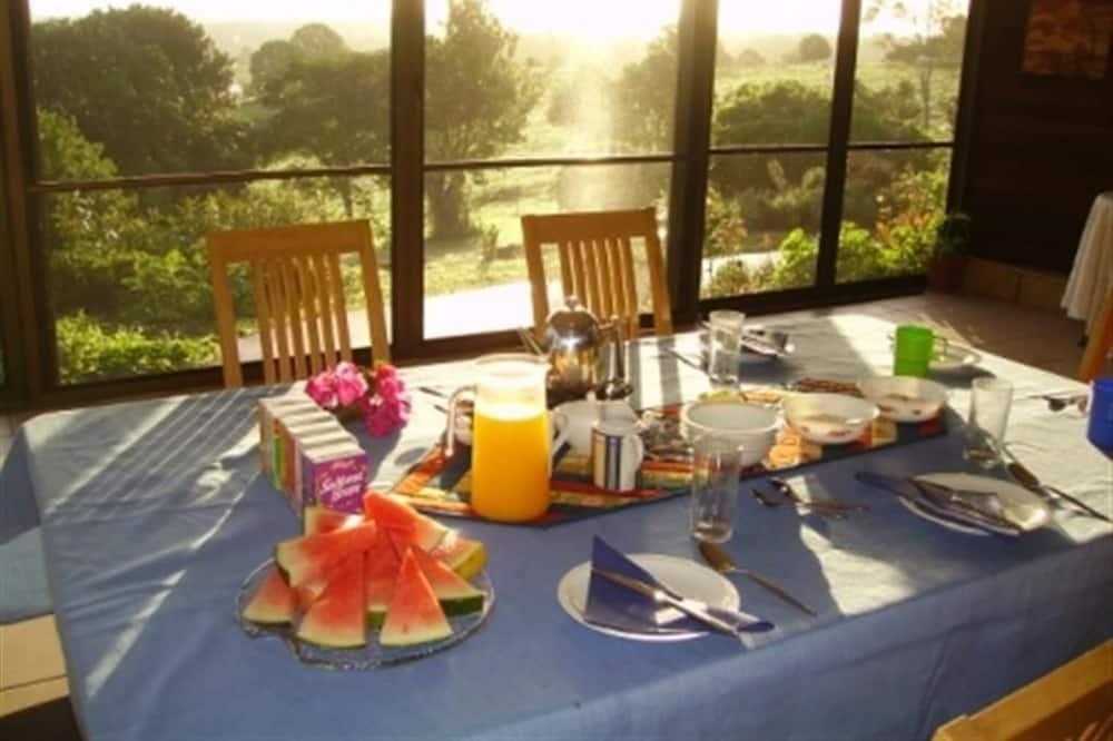 Standard Room, Ensuite - Tempat Makan dalam Bilik