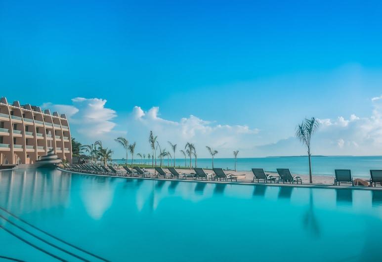 Ramada Resort by Wyndham Dar es Salaam, Dar es Salaam, Outdoor Pool