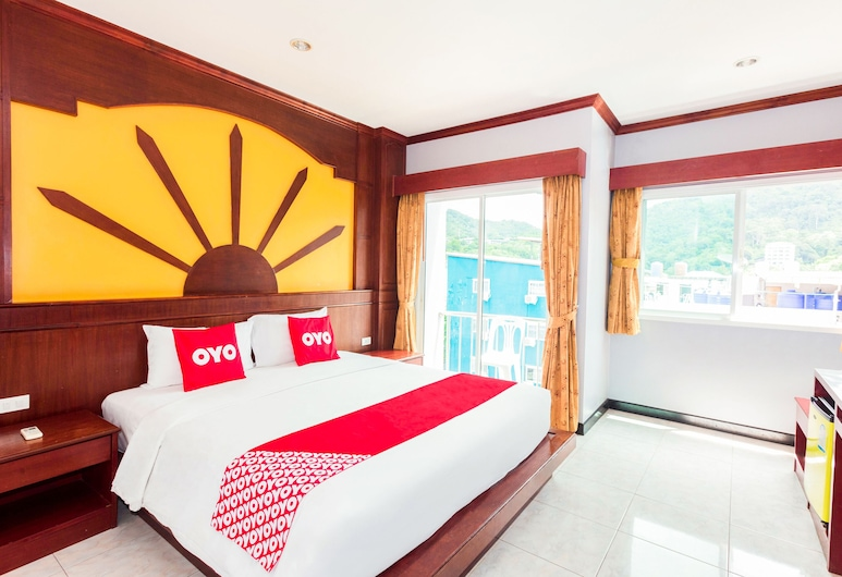 OYO 229 Art Mansion, Patong, Apartment, Guest Room
