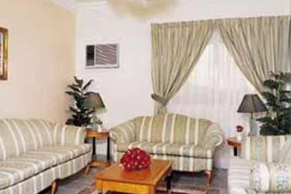 Suite (Diplomatic) - Living Area