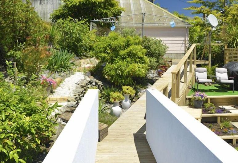Anchor Down Picton Bed & Breakfast, Picton, Garden