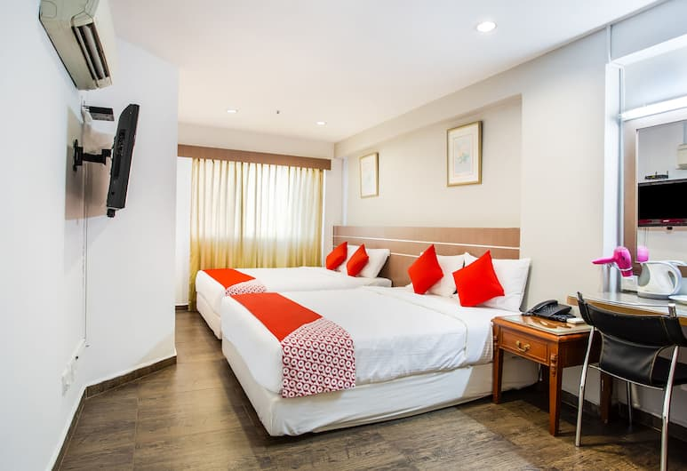 OYO 106 Beach Hotel, Singapore, Family Suite, Guest Room